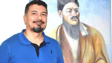 تصویر شاغوربات ترکمن است یا قزاق یا یک ترک دو رگه ؟