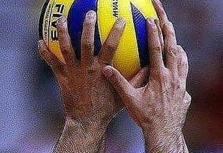 تصویر بد اخلاقی کمر والیبال را دو شقه میکند