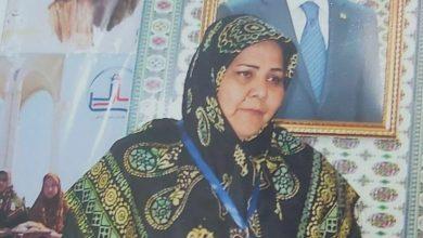 تصویر اعطای دیپلم افتخار خادم مختومقلی فراغی / ۷
